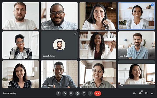 Google Meet giới thiệu layout mới, cho phép hiển thị nhiều nội dung hơn và điều khiển tiện lợi hơn